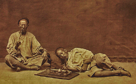 Chinese Opium smokers [Click to enlarge image]