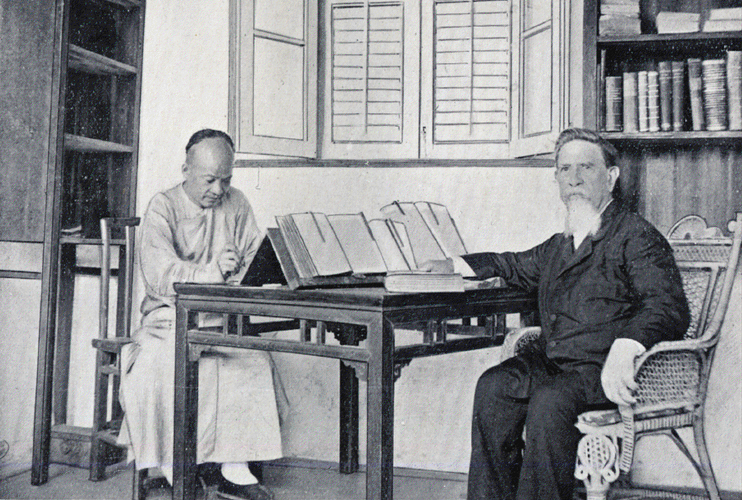 Griffith John at work with his pundit [Click to enlarge image]